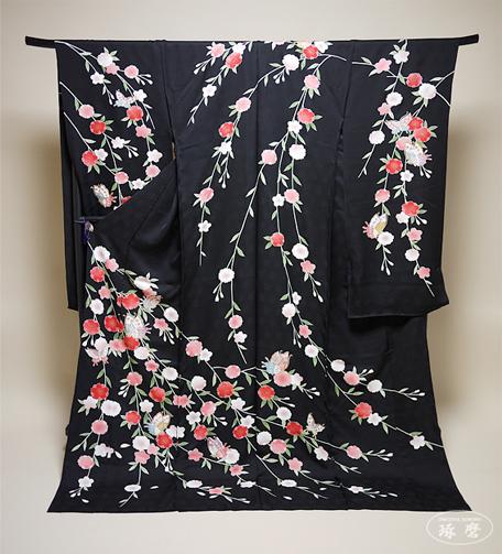 垂れ八重桜に蝶-引き振袖